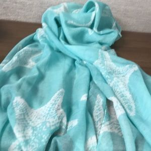 Accessories - Beautiful Amazing Scarf you can wear several ways